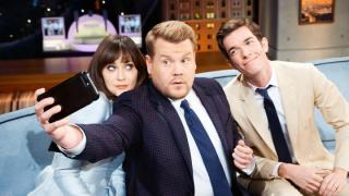 Vieraat: Zooey Deschanel, John Mulaney, Arctic Monkeys: 16.05.2018 20.00